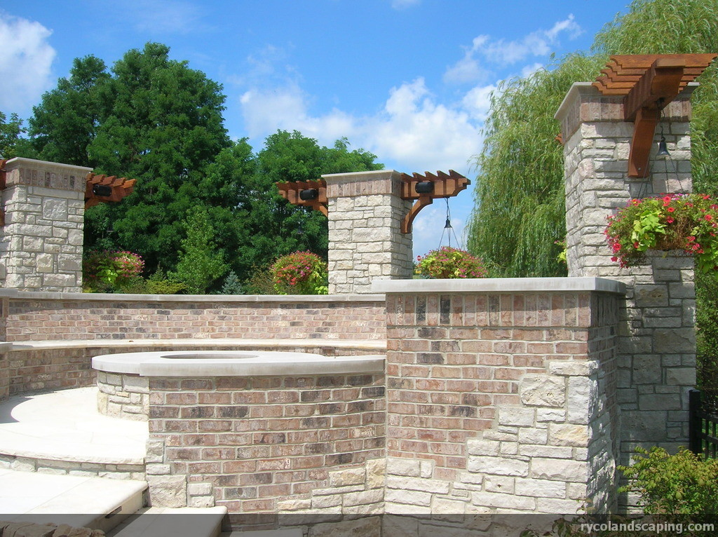 Brick And Stone Columns : Veneered walls a new look for retaining ryco